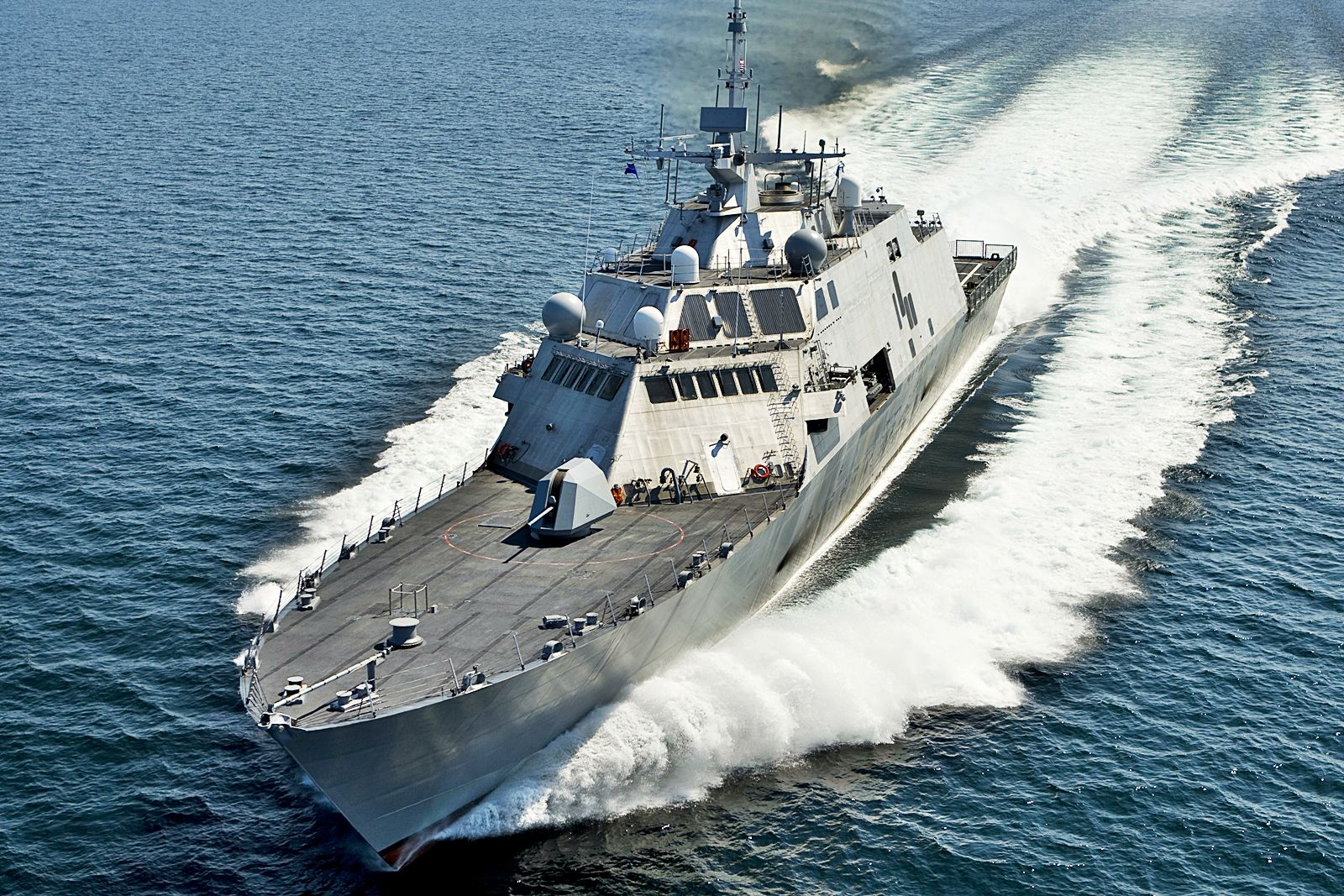 lcs-sea-trials-2.jpg