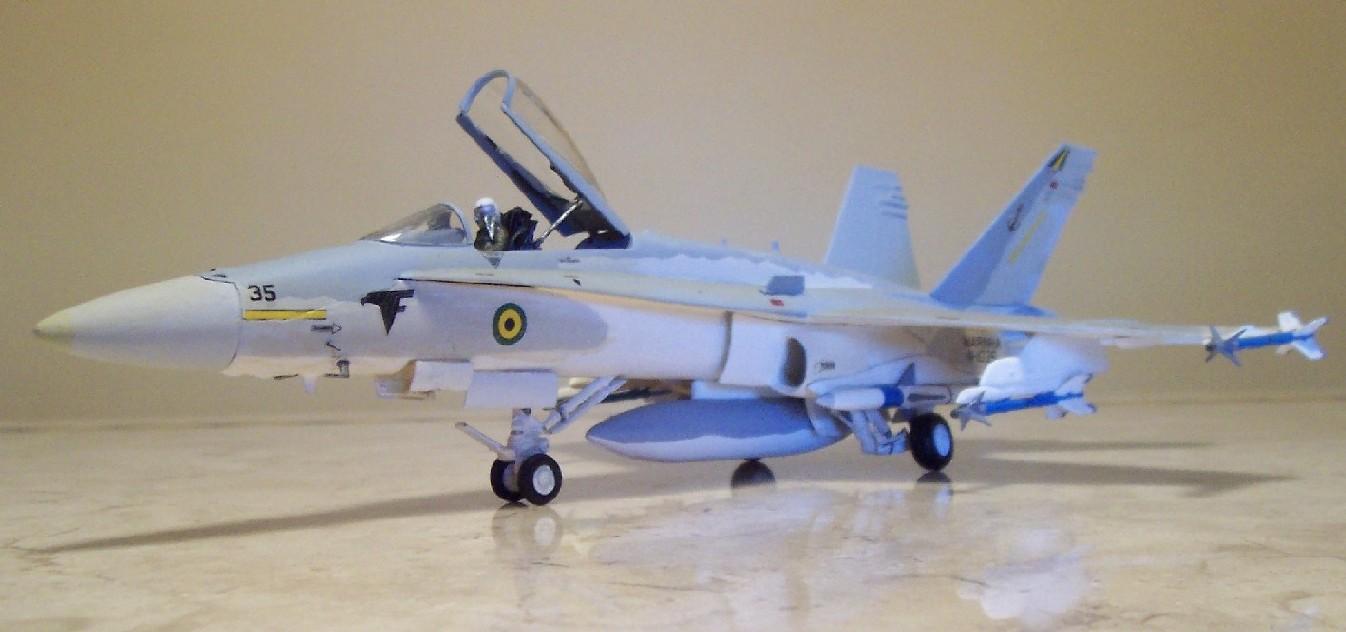 f-18-hornet-vf-1-nunao-1.jpg