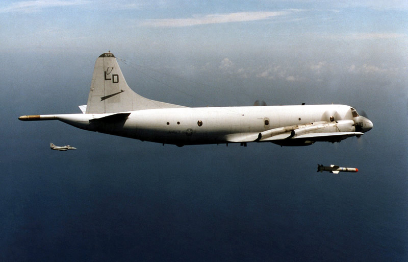 harpoon_agm-84_launch_from_p-3c_lg