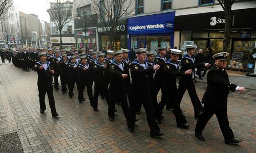 marcha tripulação HMS Nottingham