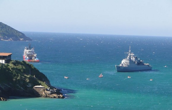 Fragata Niterói encalhada