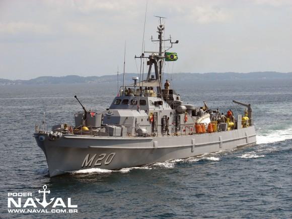 Navio-varredor Albardão