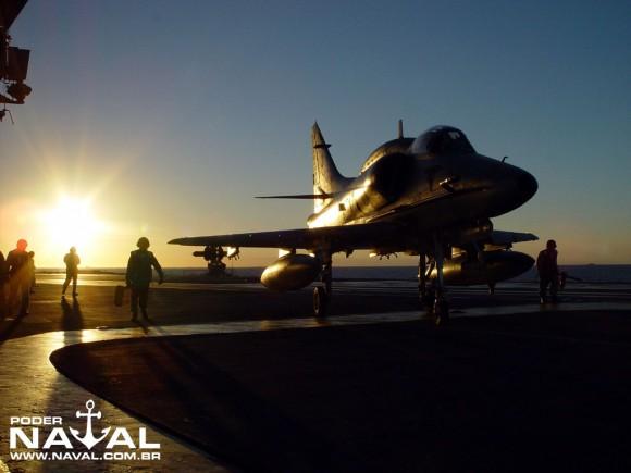 AF-1_A-12