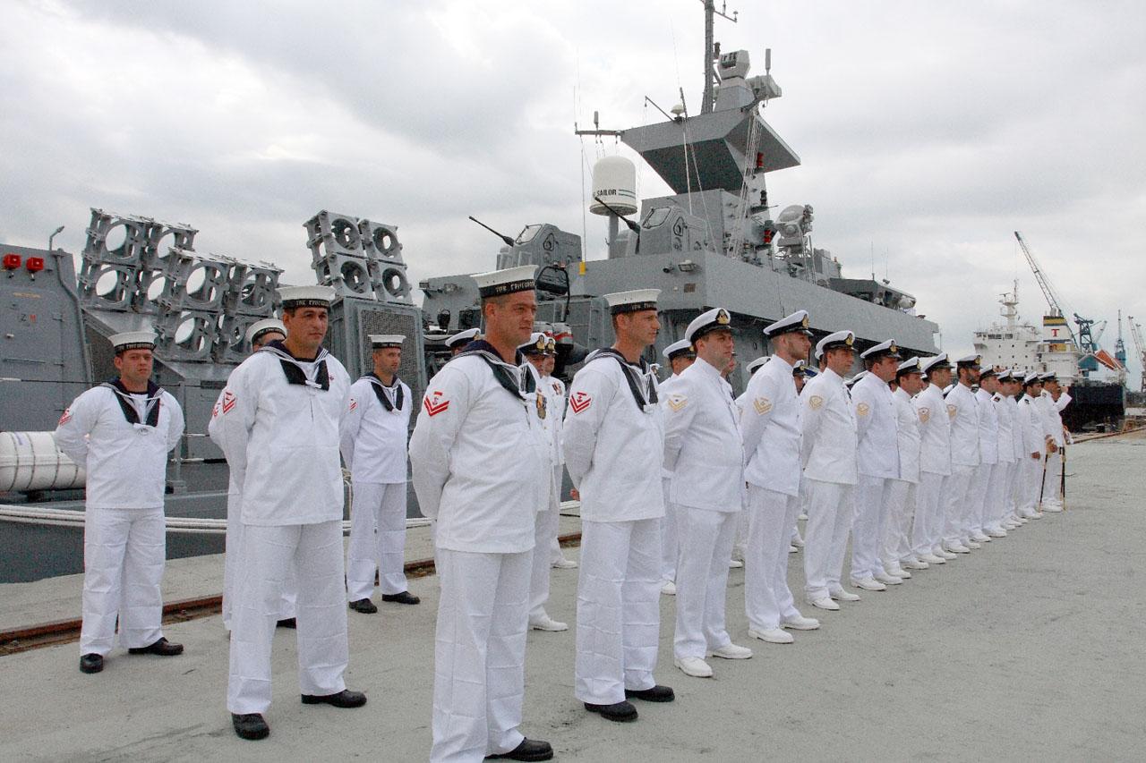 Resultado de imagem para Marinha  concurso navios