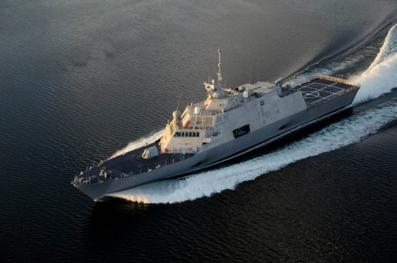 USS Fort Worth (LCS 3)_04
