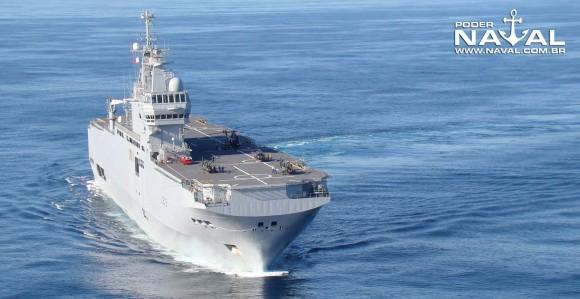 BPC Dixmude em curva - foto 2 Nunão - Poder Naval