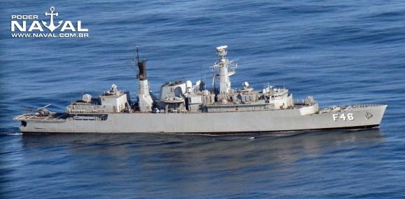 Greenhalgh F46 sem lançadores de Exocet na Passex do Dixmude em junho de 2012 - foto Nunão - Poder Naval