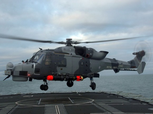 Royal_navy_wildcat_helicopter