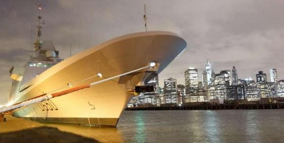 Fragata FREMM Aquitaine em Nova Yorque - foto Marine Nationale