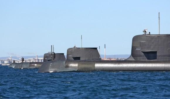 Saída tripla de submarinos australianos - foto 3 MD Australia
