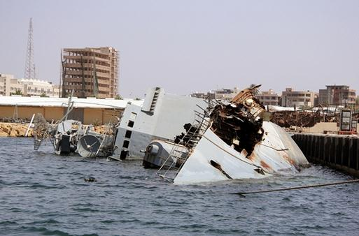 HMS-Echo-Finds-a-String-of-Sunken-Wrecks-off-Lybia1