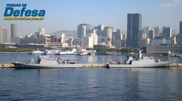 NPa Gurupá - P46 e NPa Macaé - P70 no Rio - foto Nunão - Forças de Defesa