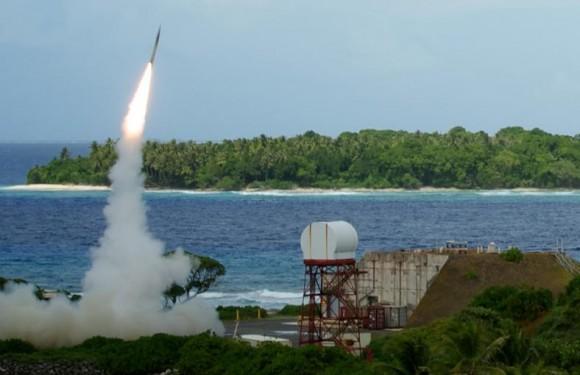 Lançamento míssil THAAD - foto via USN