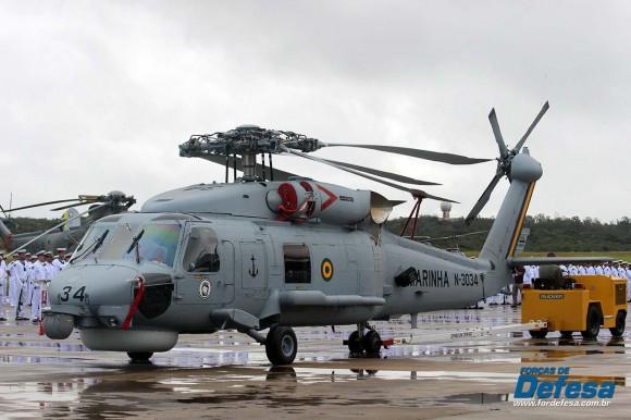 S-70B - MH-16 no Aniversario-ForAerNav - foto A Galante - Forças de Defesa