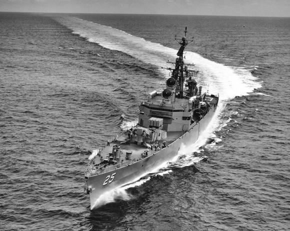 USS_Bainbridge_(CGN-25)1