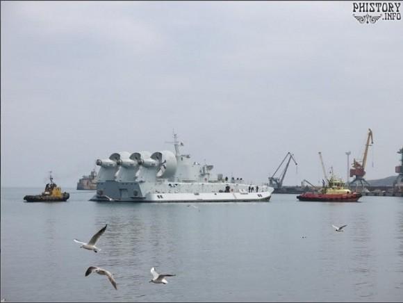 Second_Zubr_LCAC_China_Crimea