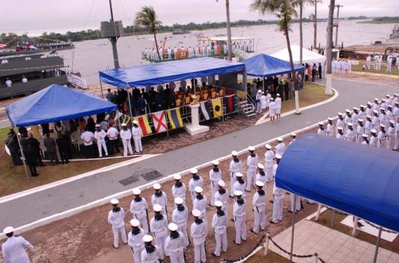 Cerimônia incorp Leverger e Caravelas em Ladário - foto 6 Distrito Naval
