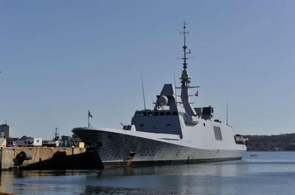 FREMM Aquitaine em escala em Halifax no Canadá - foto Marinha Francesa