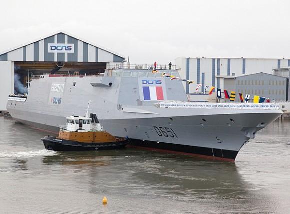 FREMM - lançamento Normandie na França - foto DCNS