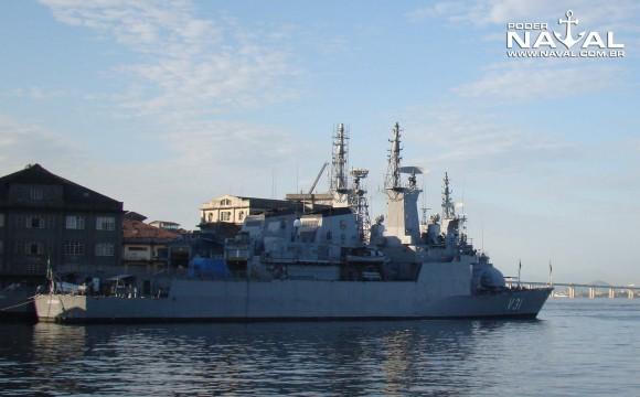 Jaceguai e Julio de Noronha em reparos e modernização no AMRJ - foto Nunão - Poder Naval