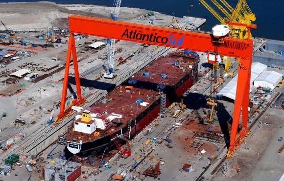 estaleiro-atlantico-sul-em-pernambuco-onde-foi-construido-o-primeiro-navio-do-promef-04-05-2010