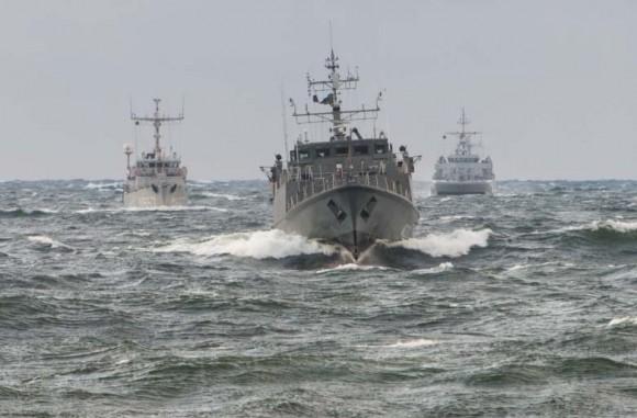 navios de contraminagem de marinhas da OTAN no Báltico - foto Min Def Lituânia