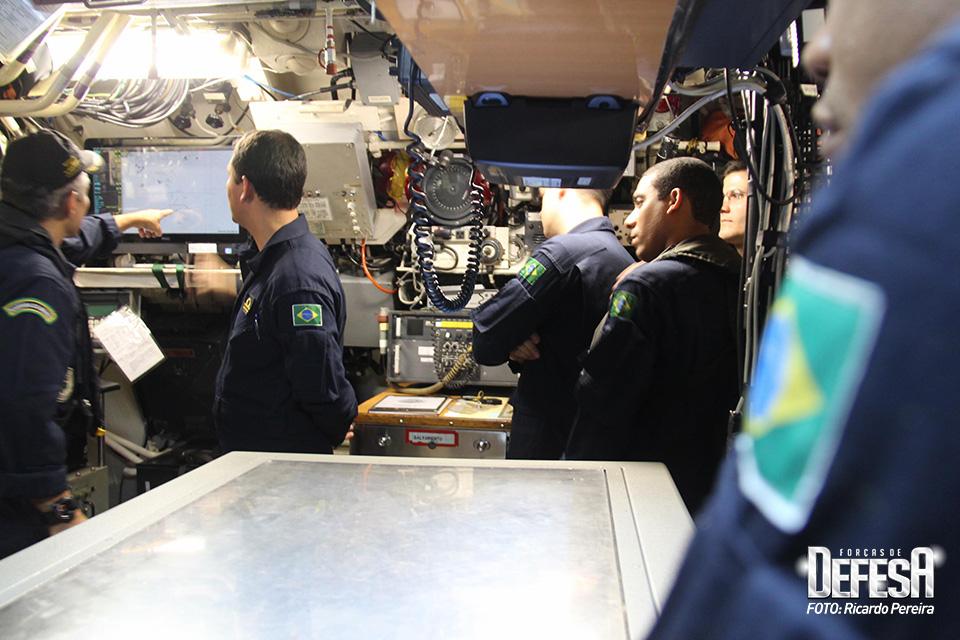 Embarque no submarino Tapajó - 5