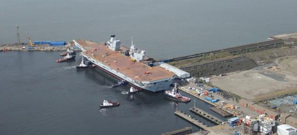 HMS Queen Elizabeth na água - foto 5 Royal Navy