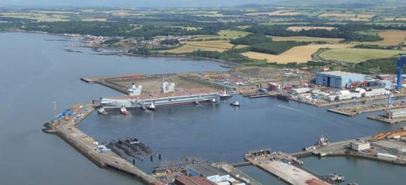 HMS Queen Elizabeth na água - foto 7 Royal Navy