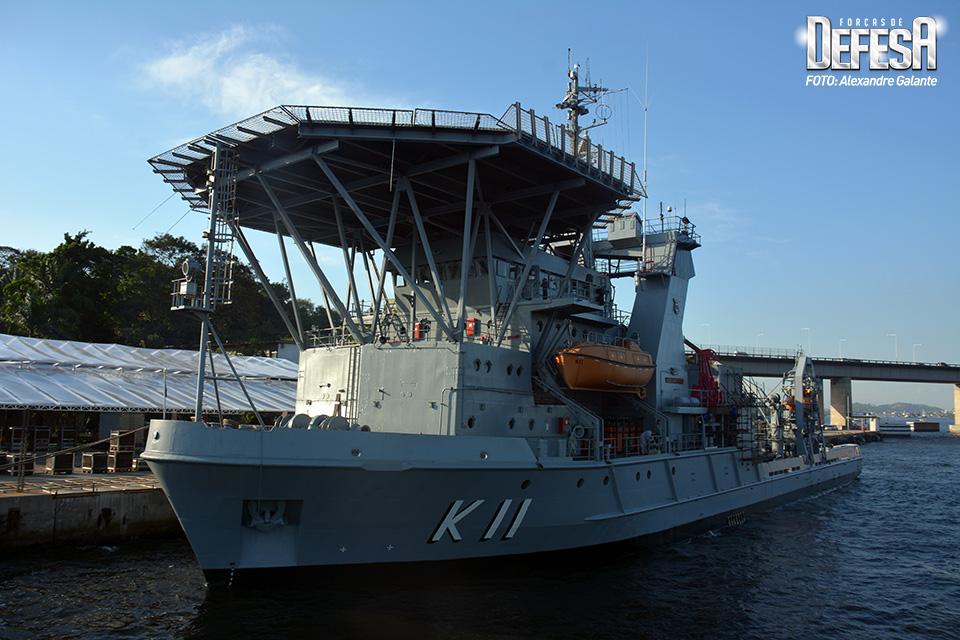 Navio de Salvamento Submarino Felinto Perry