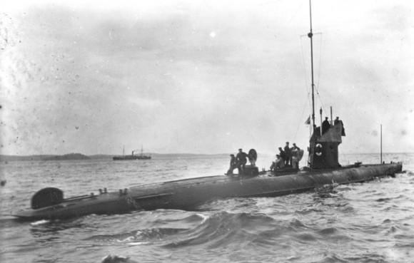 HMS Svardfisken em ação - foto via Saab