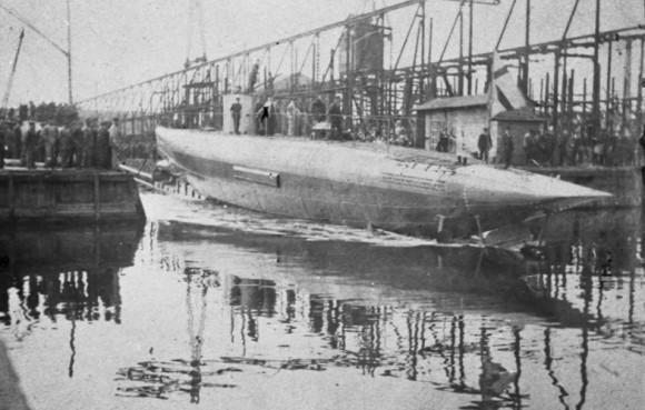 HMS Svardfisken no lançamento - foto via Saab