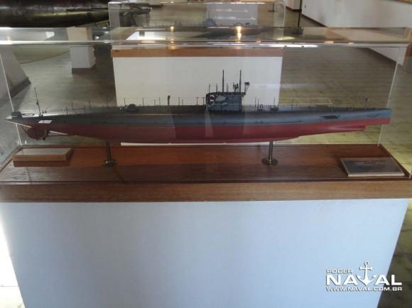 Museu Hist Naval Veneza - sala coop Ita Suécia maquete sub2 PNaval - Nunão