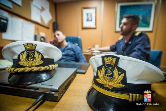 Passagem comando navios Sirio e Orione - foto Marinha Italiana