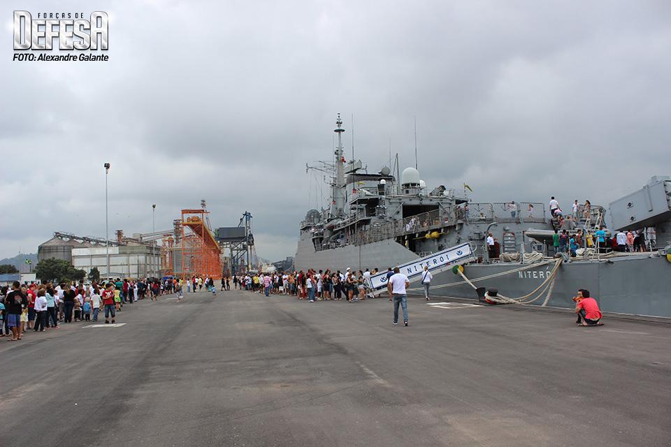 Visitação navios em Santos-SP 001a
