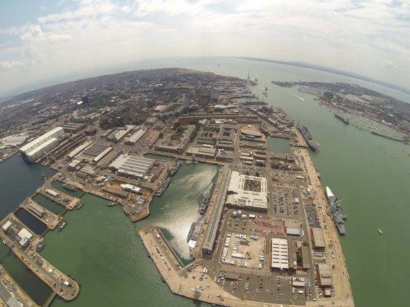 Portsmouth Naval Base - foto via G&A