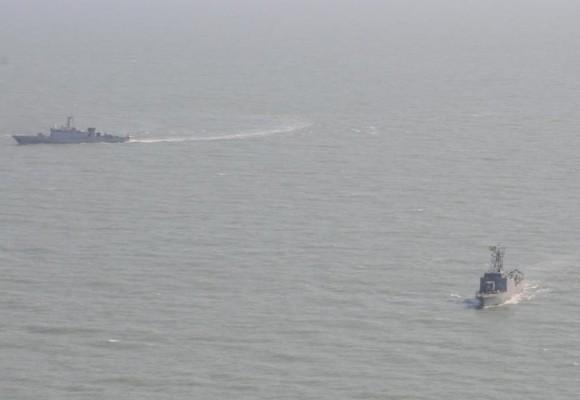 navios-patrulha da França e Brasil operando contra pesca ilegal - foto Min Def França