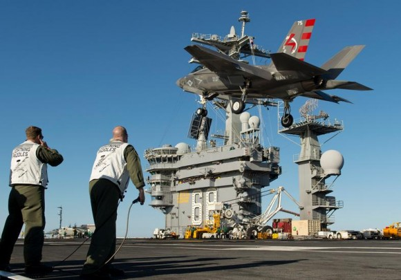 F-35C no USS Nimitz - foto 8 USN