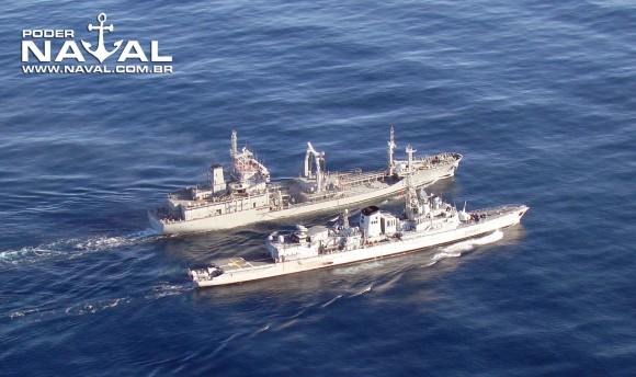 NT Gastão Motta abastece Georges Leygues - foto 3 Nunão - Poder Naval