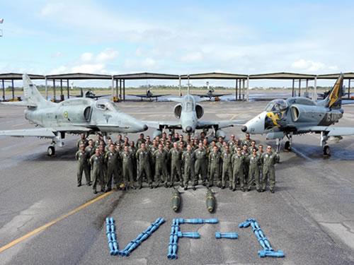 VF-1 em Natal em adestramento - foto Marinha do Brasil