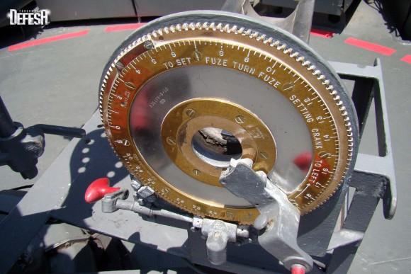 Parnaíba - canhão de 76mm - foto 7 Nunão - Poder Naval - Forças de Defesa