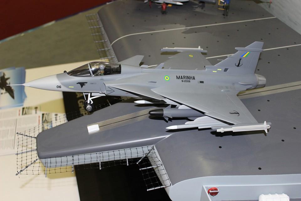 Sea Gripen da MB na LAAD 2015 - 2