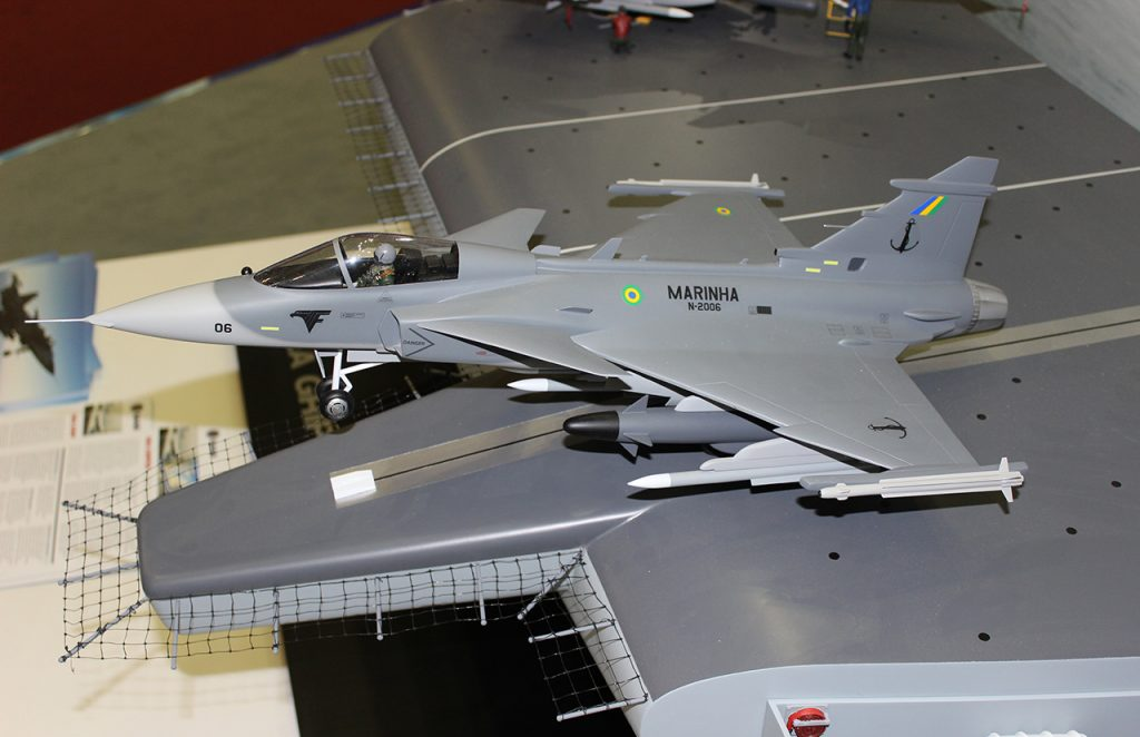 Sea Gripen da MB na LAAD 2015