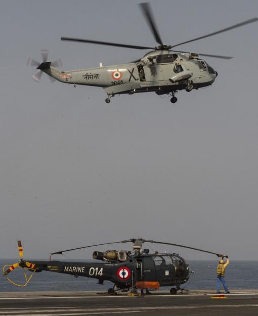 Exercicio indo-frances Varuna - foto 2 Marinha Francesa