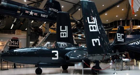 McDonnell XFD-1 Phantom - 1