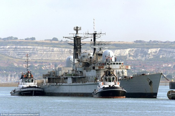 HMS York farewell - 1
