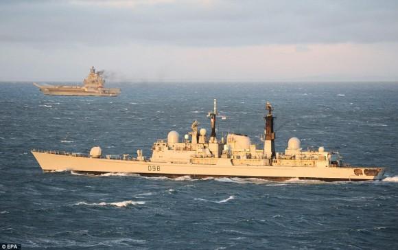 HMS York farewell - 4