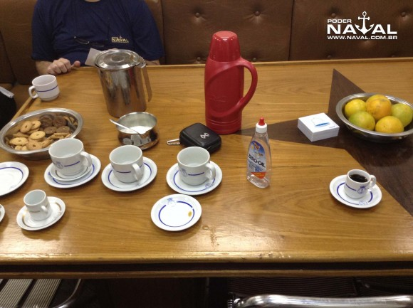 Visita Macaé 7-8-2015 - foto 24 Poder Naval