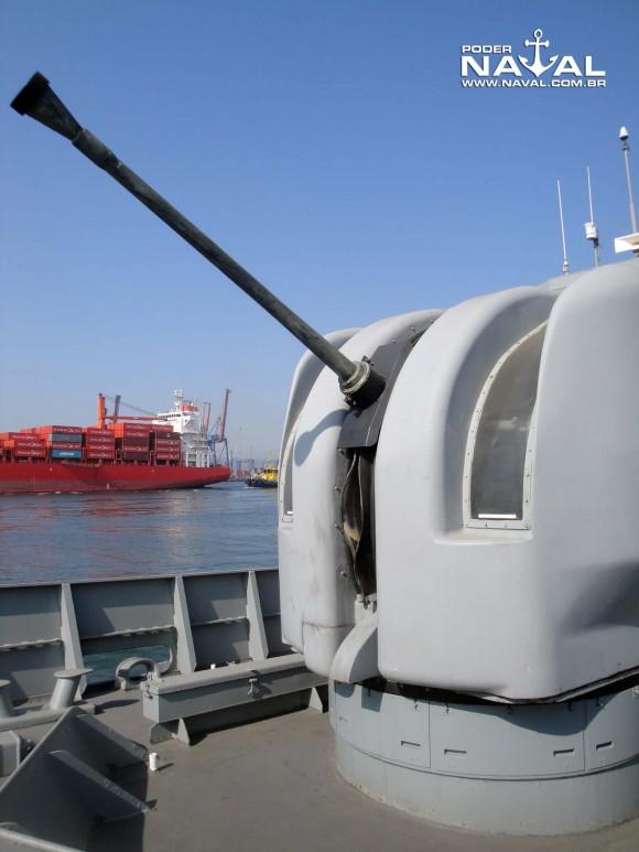 Visita Macaé 7-8-2015 - foto 3 Poder Naval