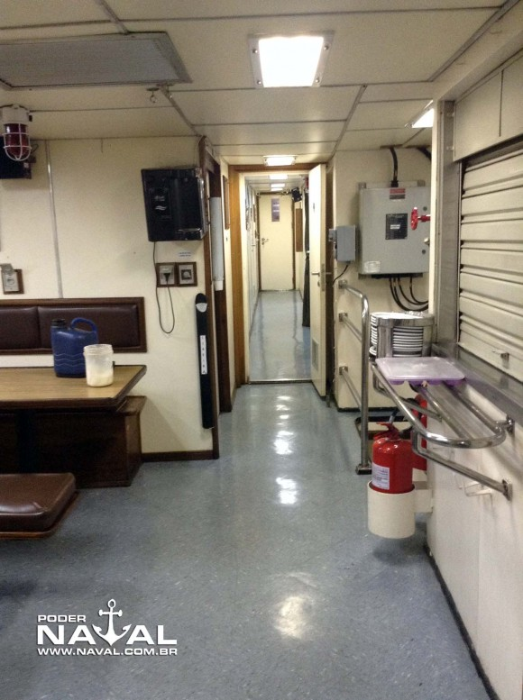 Visita Macaé 7-8-2015 - foto 39 Poder Naval
